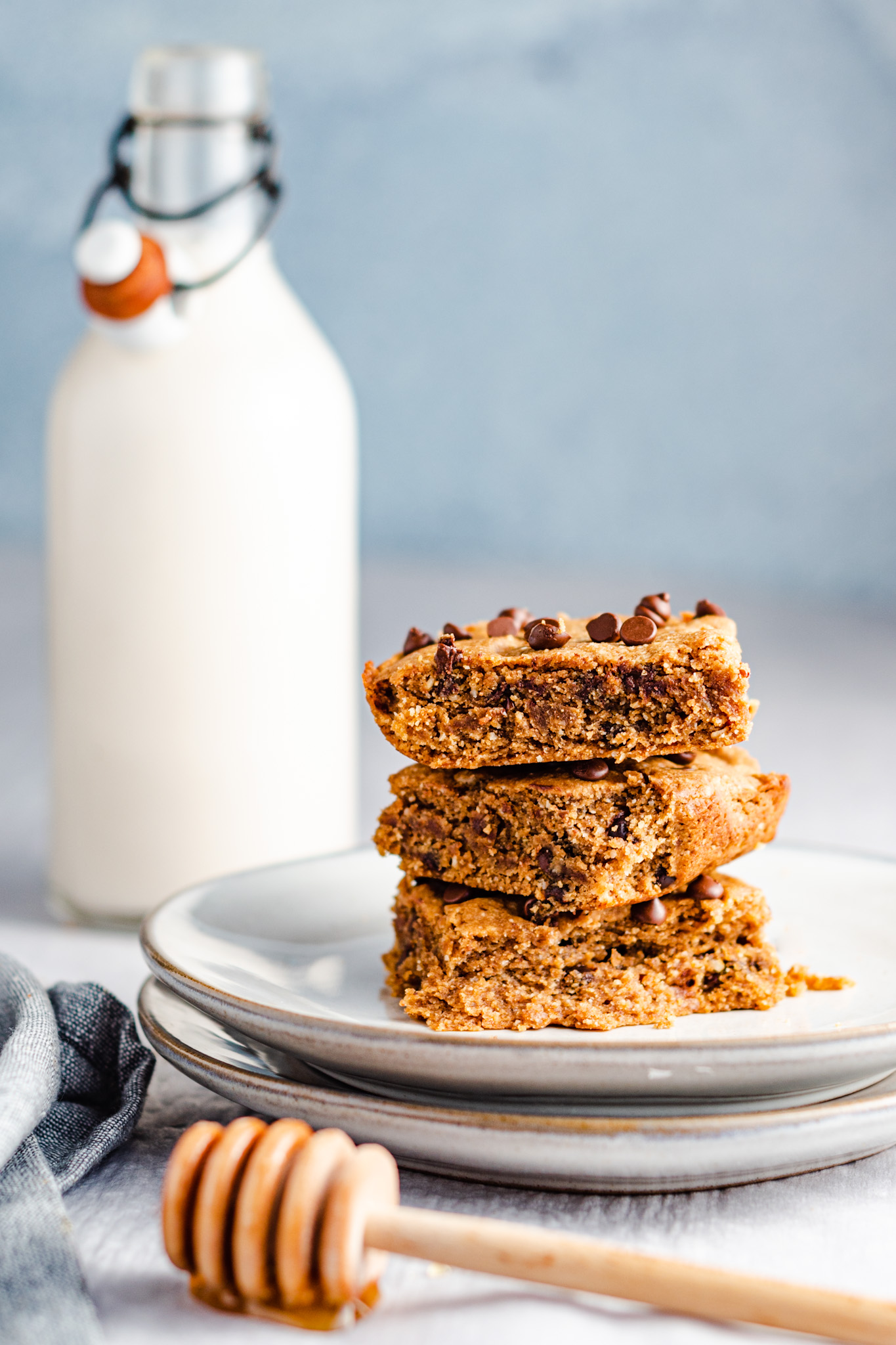 Gluten Free Healthy Chocolate Chip Cookie Bars